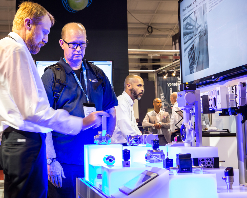 MMTS Show Floor Manufacturing Demonstrations